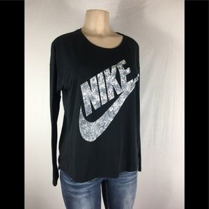 Nike long sleeve t shirt size small Oversize